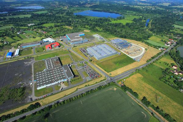 Letecký snímek průmyslové zóny Nové Pole v Karviné-Starém Městě.jpg