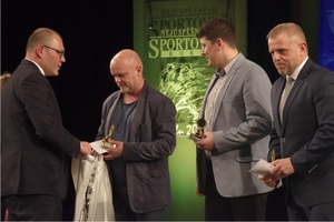 05_trenéry roku se stali Piotr Waloszek z Kosatek, Marcel Frajt z MFK, Martin Gall z karate klubu při ZŠ a MŠ Mendelova