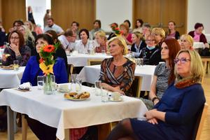 Ocenění pracovníků v sociálních službách se konalo v Obecním domě Družba. Foto Milan Haluška.