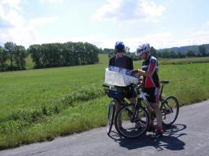 181169-cyklisti