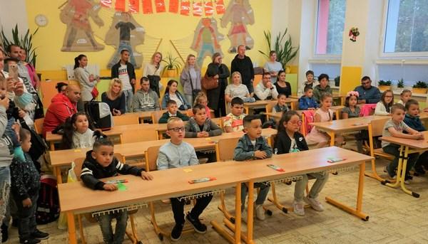1_Začátek školního roku je hlavně pro prvňáčky velkou událostí Ti ze ZŠ a MŠ Cihlení nejsou výjimkou