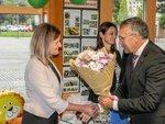 4_Mnoho úspěchů dětem, ale také nové paní ředitelce Leoně Mechúrové popřál náměstek primátora Andrzej Bizoń