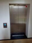 Výtahové dveře.jpg